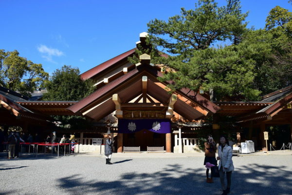 Atsuta Shrine by Bariston via Wikipedia CC