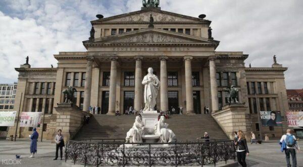Berlin Half Day Walking Tour photo via KLOOK