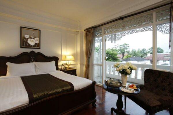 Dhavara Hotel in Vientiane Laos