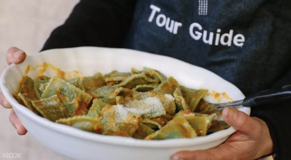 Queen Victoria Market Ultimate Foodie Tour photo via KLOOK