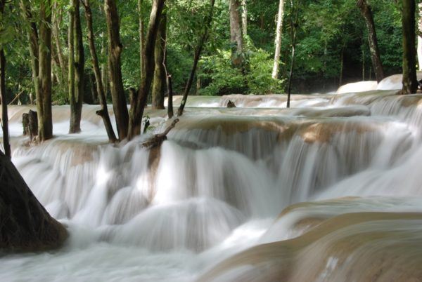 Tat Sae Waterfalls photo by Farruquitown via Flickr CC