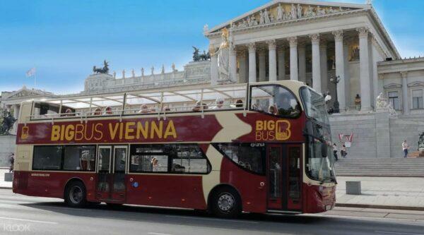 Vienna Big Bus Hop-On Hop-Off Tours photo via KLOOK