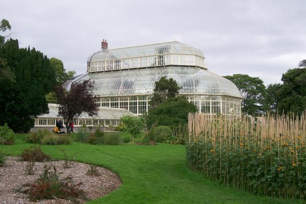 National Botanic Gardens by Folks at 137 via Wikipedia CC