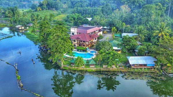 Sunrise Garden Lake Resort
