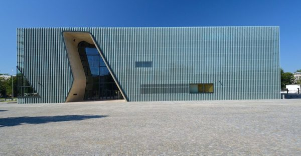 Museum of the History of Polish Jews photo by Adrian Grycuk via Wikipedia CC