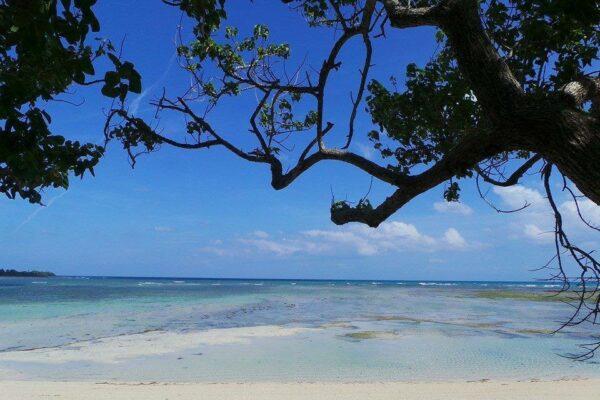 Nilandingan Cove in Cagbalete