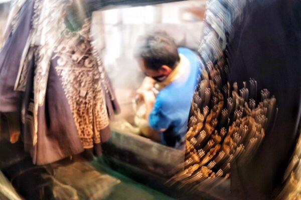 Batik Maker at Batik Rara Djonggrang Yogyakarta