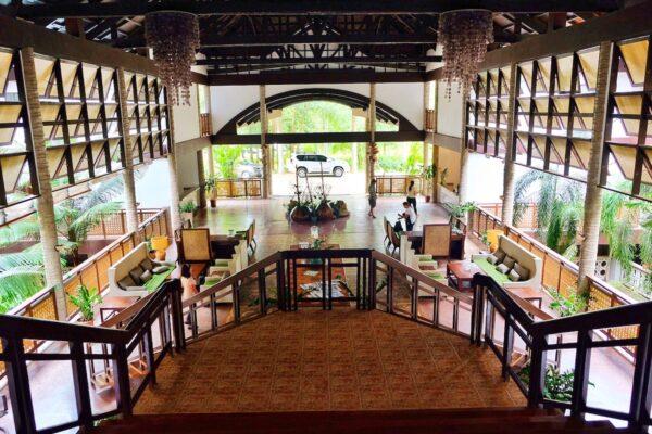 Clug Agutaya Resort Lobby