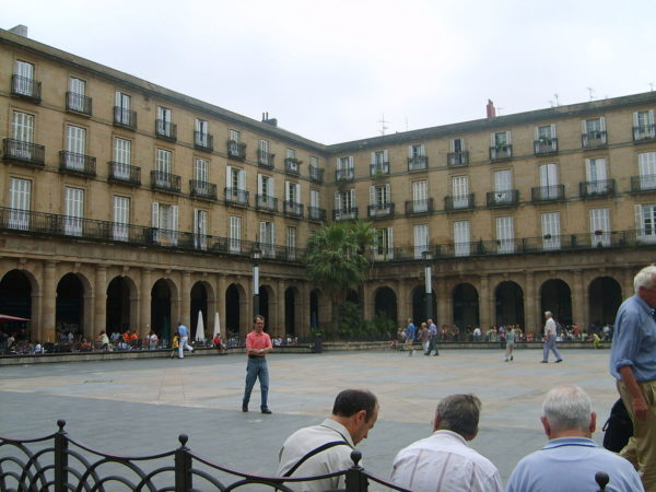 Plaza Nueva of Bilbao photo by Martin253 via Wikipedia CC