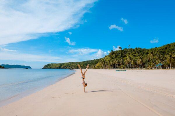 Visit Philippines during Winter photo by Toa Heftiba via Unsplash