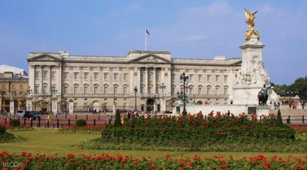 London Tour photo via KLOOK