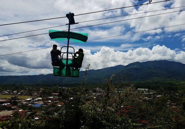 Cable car at Heaven's Peak