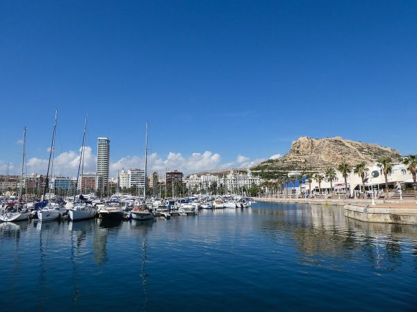 Travel Guide to Alicante Spain