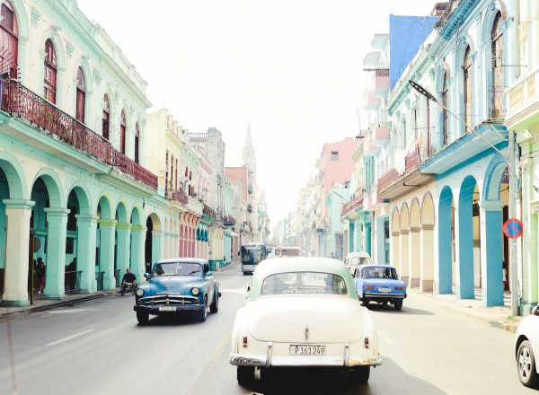 Best Things to do in Havana photo by Persnickety Prints via Unsplash