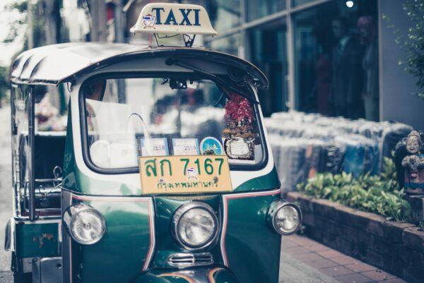 Thailand Tuk Tuk by Sven Scheuermeier via Unsplash