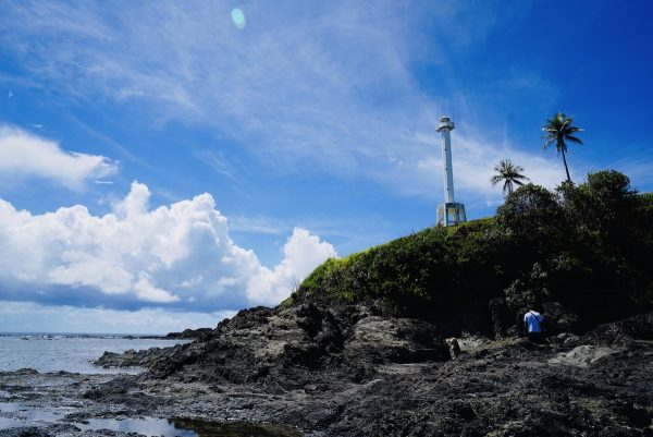 Hike to Lolong Point Lighthouse