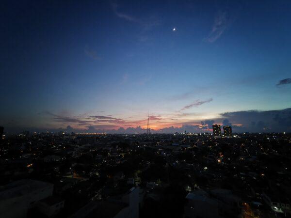 Citiscape shot at RedDoorz Premium @ West Avenue Quezon City
