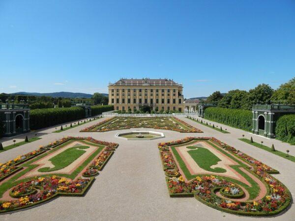 Schoenbrunn Garden Vienna