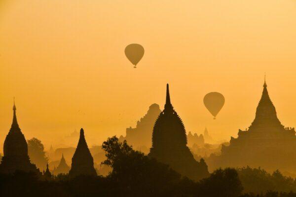 Sunrise in Bagan Myanmar photo by Charlie Costello via Unsplash