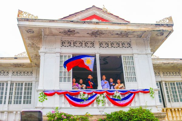 Relive that patriotic feeling upon seeing the Philippine flag unfurling as it loudly signals independence. The iconic venue for this historic moment was the ancestral home of Emilio Aguinaldo, the first—and youngest—president of the Philippine republic in Kawit, Cavite.
