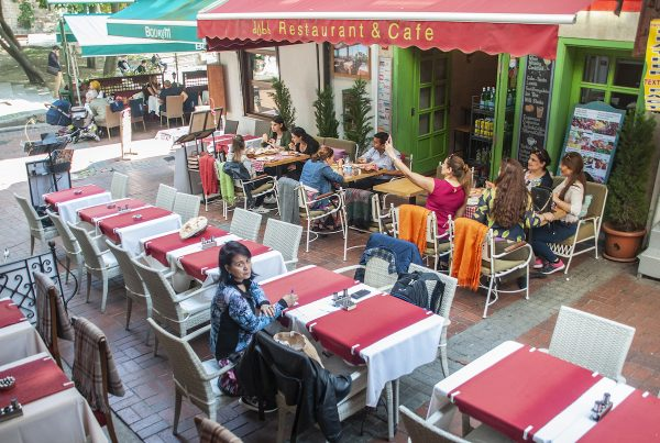 One of the numerous restaurants surrounding Sultanahmet where you can feast on Turkish kebabs and the local Efes beer.