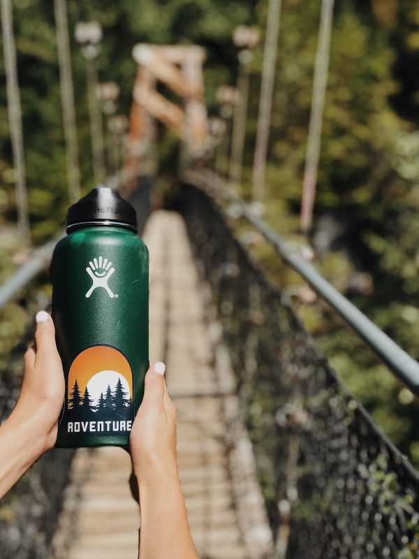 reusable water cannister by taelynn christopher via unsplash