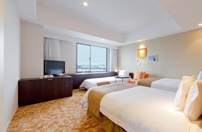 Hotel Universal Port photo via Agoda