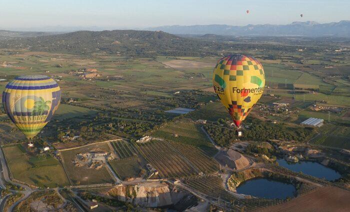 shoulder ballooning