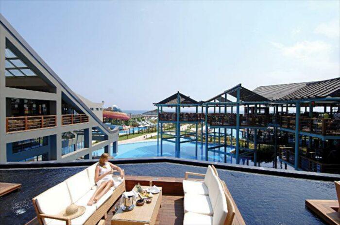 Limak Lara De Luxe Hotel and Resort