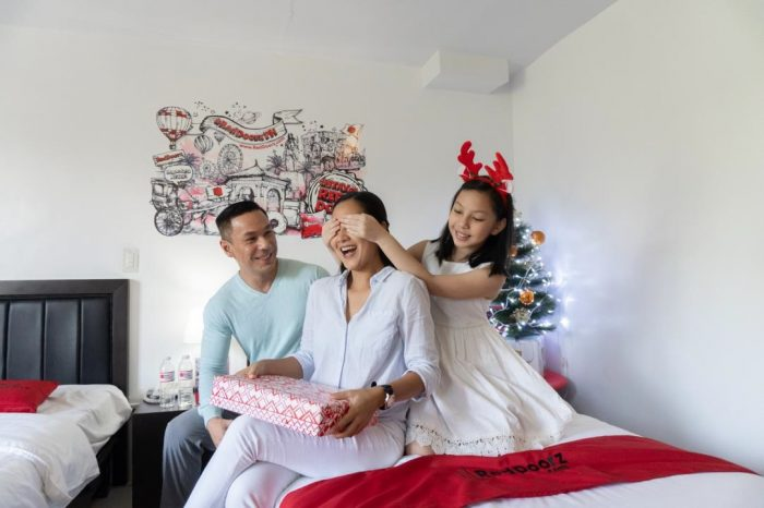 Celebrate Christmas Moments with RedDoorz PH