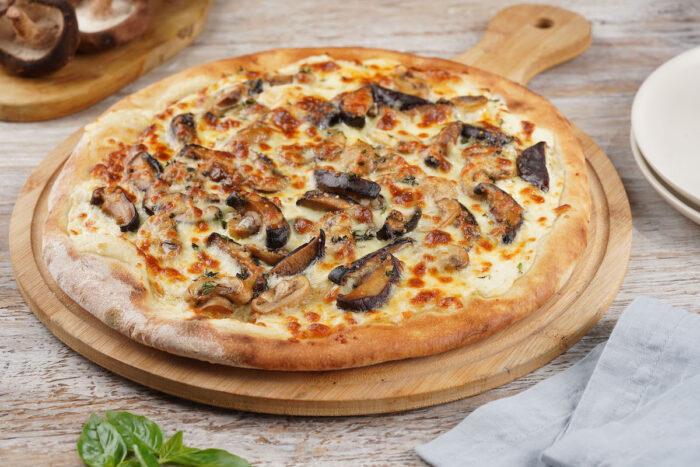 Mushrom Truffle Cream Thyme and Mozzarella Pizza