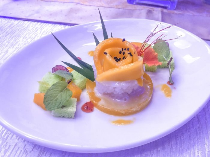 Sticky rice with mango jelly