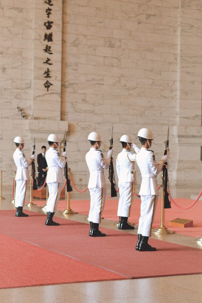 The changing of the guard ceremonies at Chiang Kai-Shek Memorial bronze statue hall takes place every hour from 900 am to 500 pm