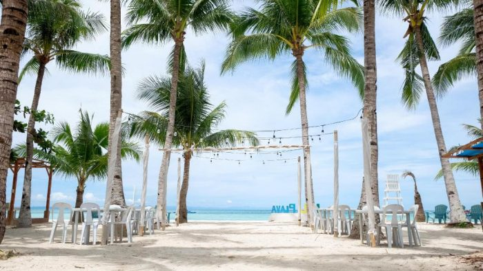 La Playa Estrella Beach Resort Bantayan