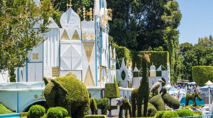 Disneyland Park in Anaheim photo via Depositphotos