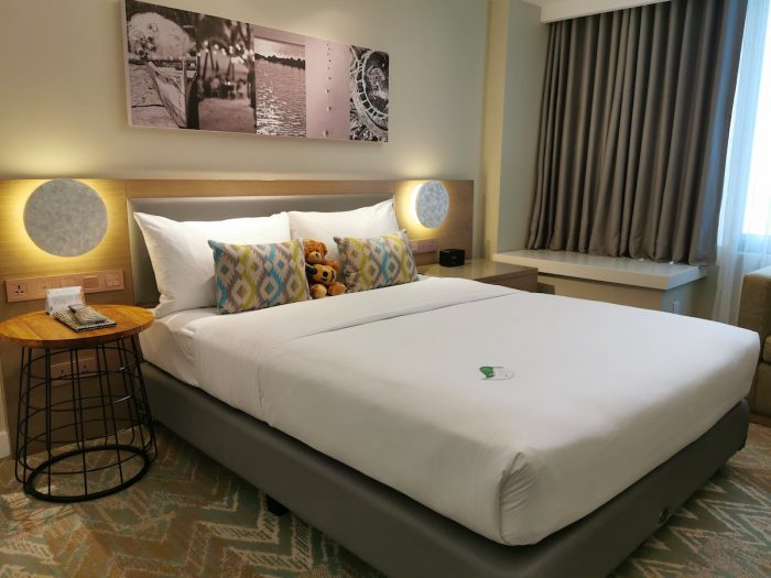 Huge comfortable bed at Citadines Cebu Hotel