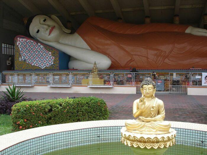 Reclining Buddha in Wat Photivihan Kelantan