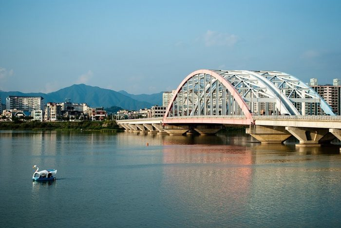 View of Seoyang Bridge and Seoyang River photo by Mark Zastrow via Wikipedia CC