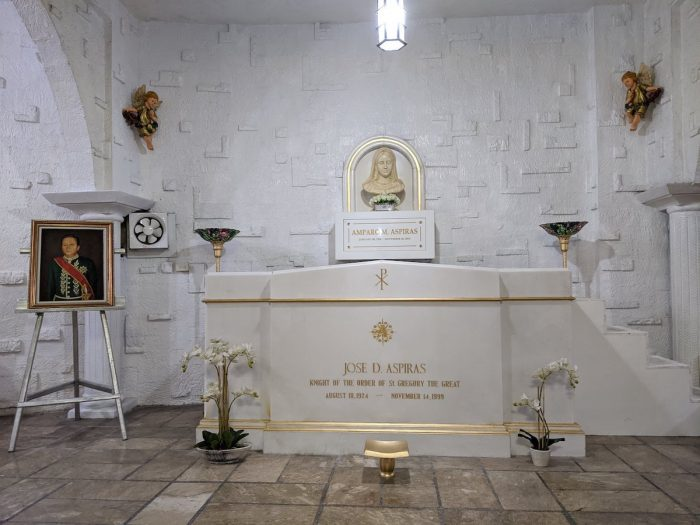 The tomb of Jose D. Aspiras in the basilica's crypt