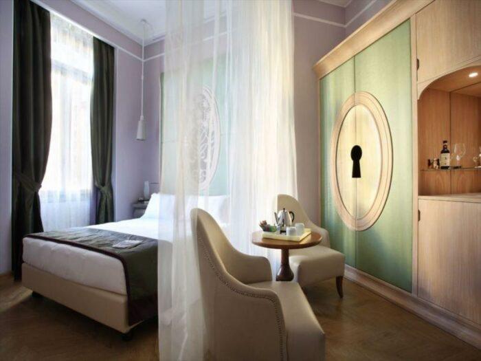 Chateau Monfort Hotel Milan