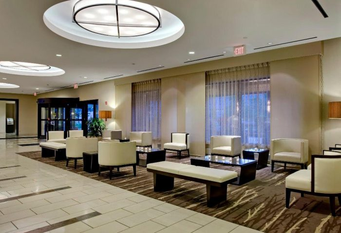 Crowne Plaza Chicago OHare Hotel & Conference Center