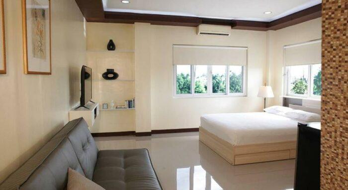 Plumeria Hotel Batangas photo via Agoda