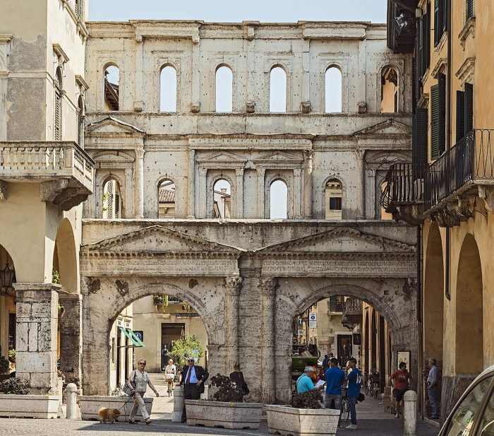 Porta Borsari (Verona)