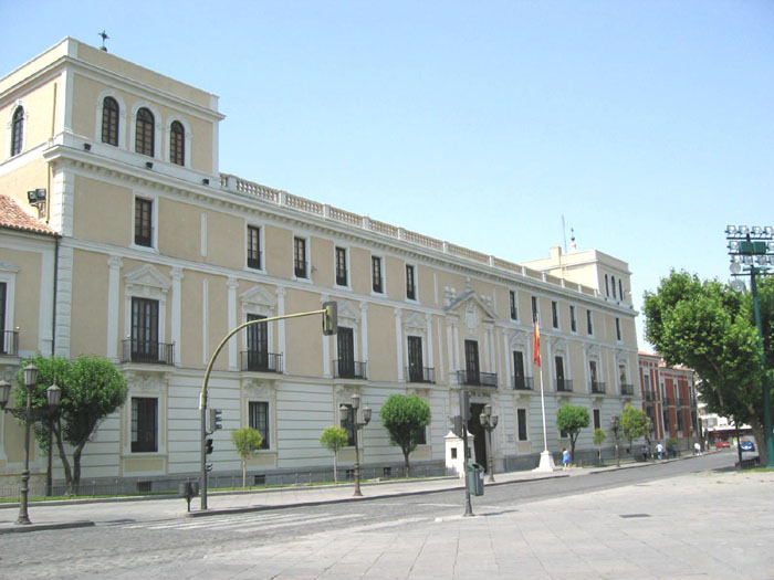 Royal Palace of Valladolid by Miguel Angel Guadilla via Wikipedia CC