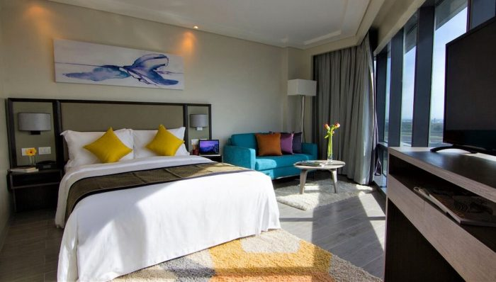 Savoy Hotel Manila Runway Suite