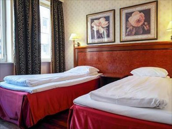 Twin Bed at Quality Hotel Augustin