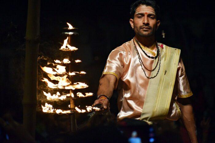 Aarti Ritual
