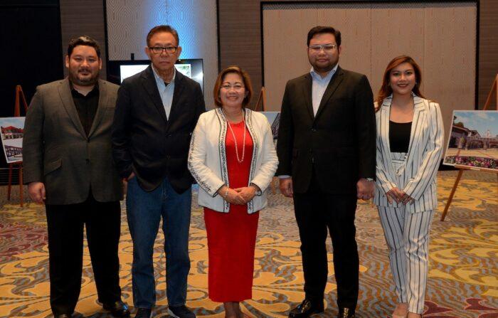 Bellevue VIPs with Panglao mayor Leonila Montero
