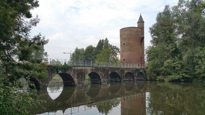 Bruges Lovers Bridge