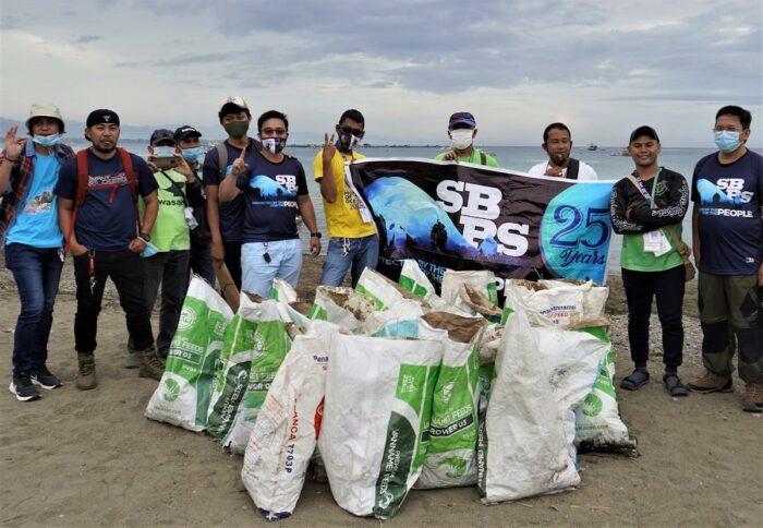 Coastal cleanup at Sarangani Bay